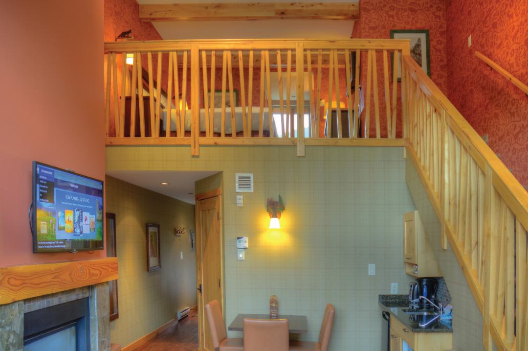 Premium One Bedroom with Loft Suite