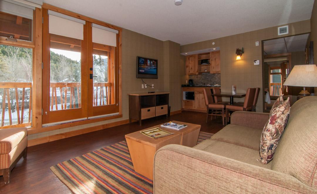 Superior One Bedroom Suite w Balcony
